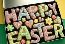 Easter cookies / Sharing pictures of our Easter cookie range - cookie cards to large gift boxes, custom made and personalised for you.