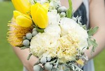WA Inspiration: Bouquets & floral arrangements / Flowers play a big part in your day. These ideas will help you make the most of your floral arrangements, whether you go all out or play it safe on a budget.