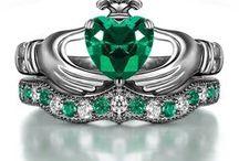 Give me Jewels / Jewelry I love