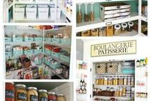 Pantry Makeover / I love doing Pantry Makeovers!