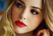 Lipstick n Makeup / by Fariha Nowroz Promy