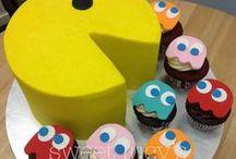 Cakes /  Cakes & Cupcakes & Cake Pops