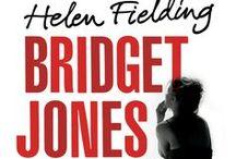 Bridget Jones: Vild Med Ham / HVAD GØR DU, når en veninde fejrer sin 60 års fødselsdag samme dag, din kæreste fejrer sin 30 års? ER DET FORKERT at lyve om sin alder, når man dater online? TWEETER DALAI LAMA selv, eller er det hans assistent? ER DET AT GÅ I SENG MED EN efter to dates og seks ugers sms-udveksling det samme som at gifte sig efter to møder og seks ugers brev-udveksling på Jane Austens tid?