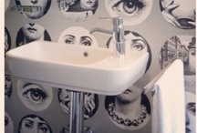 Wallpaper In The Bathroom / Wallpaper adds life and colour into bathrooms. This board is an ode to wallpaper features in bathrooms.