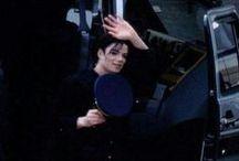 Michael J.Jackson ...Mi mundo!!! / by Ambar Barrera