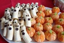 EPIC Halloween / Fun and Healthy Ways to celebrate the spooky holiday. Healthy Halloween Alternatives, Halloween Recipes, Creatives Halloween snacks and treats,