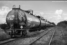 Freight Trains & Freight Cars