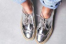 Sapatos, sandalias, tenis