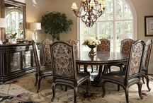 - Old World Charm  - / Old world decor: Deep rich colors and textures lend themselves to a charming and comfortable decor.