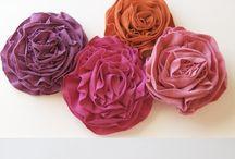 Flores 2 / by yolanda garza