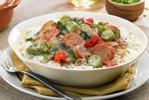 Quick & Easy Weeknight Recipes / Johnsonville recipes featuring our delicious Fully Cooked and Smoked Sausages! Great for a quick & easy breakfast, lunch or dinner!