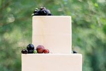 { Wedding Cakes } / by Courtney Cook Photography