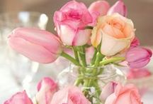 Centerpieces that inspire / Flowers add a sense of renewal and delight.  If not on the table perhaps at the entry or in the powder room.