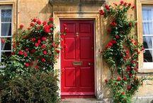 Jolies portes et les belles façades....
