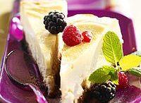 Cheesecakes & cie / Célèbre gâteau américain, dérivé du käsekuchen, c'est un gâteau caméléon. Vous pouvez changer la base de biscuits, le fromage, le parfum… Voici quelques recettes pour vous inspirer.