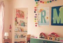 MONIMARI.de Buchstaben / Ganz neu schöne Buchstaben fürs Kinderzimmer als Postkarten und Poster von MONIMARI. Schöne Geschenke zur Einschulung, zum Geburtstag oder zur Geburt.    post@monimari.de –  monimari.de