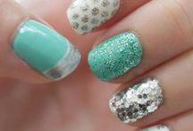 diy/nails / by Renee Pitt