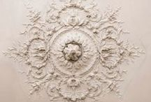 Ornament / ceiling medallions