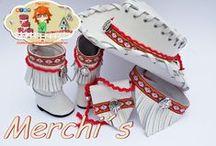 Conjuntos para Nancy Espiritu Ibicendo / Sombrero de corte Cawvoy botas o botines decorados con diferentes pasamanerias y plumas y bandolera a juego. Consultar colores disponibles.