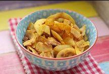 Low Carb Knabbereien, Süßes und Snacks Rezepte von Happy Carb / Low Carb Knabbereien und Süßes Rezepte - Chips, Nachtisch usw. von happycarb.de