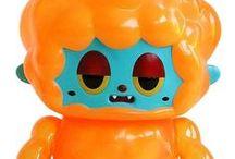 Art Toy Extravaganza / by Darryl De Beugny