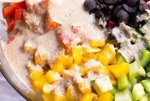 Salad Bar / Healthy, creative and unique salad recipes.