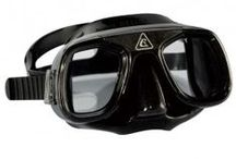 DIVING GEAR / The best diving gear for all underwater activities provided to you by diving professionals.