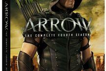 Arrow / Arrow, Arrowverse, Stephen Amell, Ollicity, Green Arrow and CW.