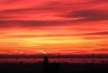 Pfälzer Sonnenaufgang / Mitunter zeigt sich die Natur morgendlich in besonders anmutenden Gewand.  Bei solchem Anblick wähnt sich jeder voller Tatendrang.