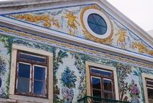 Lisbon tiles / Lisbon is the city with more tiles in the world. For centuries, the Portuguese have been decorating houses, churches, palaces, patios, fountains, lakes, garden benches, metro stations  and much more with these brightly coloured mosaics.