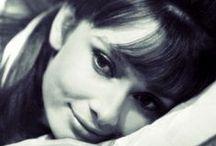 Timeless Beauty! / chic & beautiful Audrey Hepburn