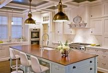 ~ Sweet Home Kitchen ~ / Would love to bake and make dinner in a kitchen like this! ♡