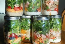 Picnicking and Picking / Recipes for make ahead foods that can be shared or packed to go. Salads, sandwiches, and finger foods.