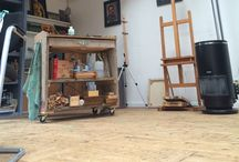 My studio in Rhenen, NL / Pictures of my studio and painting equipment.   I build this studio myself, a couple of years ago. It's a great place: quiet, cosy, and lots of space.  Dimensions: 4,5 x 8 m., height 3,5 m.  Location: Domineesbergweg 91, Rhenen, Netherlands