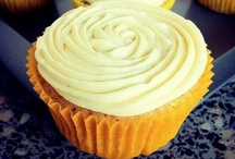 Cupcakes by TLRT / For the recipes and more, see http://thelittleredtart.com x