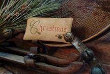 Christmas decorations / by Lynne Goldwasser