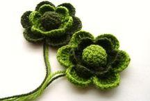 Crochet: Flowers / Crochet flower tutorials and patterns