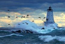Love Lighthouses  / by Debbie Huggins