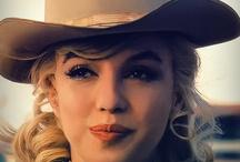 Marilyn 1960s / by Sue L