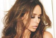 Jennifer Love Hewitt / Jennifer Love Hewitt (born February 21, 1979) is an American actress, producer, author, television director and singer-songwriter. - Follow me if you like it! :)