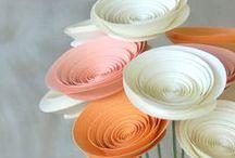 décors jolis papier / rosaces, créations en jolis papier pour déorer une table de fête / by Catherine Fourestier