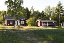Aurinkoranta Cottages / We have many different villas and cottages for bigger or smaller group. Every cottage has their own sauna, porch and opportunity to play summer games like  croquet. Welcome to Aurinkoranta!