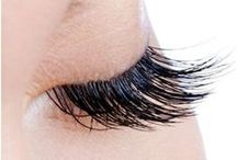DIY Eyelash Serum + Tips / Everyday wear and tear on your lashes such as applying eyeliner and mascara, using eyelash curlers or falsies, even washing your face frequently can damage them! Infinite Lash eyelash enhancement serum is a safe and effective way to actually condition your eyelashes. Our lash serum contains natural botanicals, proteins, vitamins, and minerals; free of harsh ingredients! The result: conditioned lashes that appear longer, thicker, and healthier – without all the fuss of makeup and curlers.