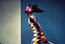 la stylo africano / Beautiful women, dresses and fabrics with beats of the jungle and spirit of Mother Nature..