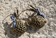 Pendientes, Broches / by Pili Galan