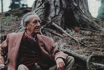 :: J.R.R. Tolkien ::