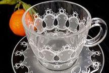 GLASS, PORCELAIN, hand-painted / Szkło, porcelana ręcznie malowane.