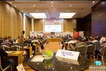Konferencje Warszawa / Zdjęcia z konferencji w Warszawie. Zajmujemy się profesjonalną obsługą fotograficzną konferencji w Warszawie i innych miastach Polski