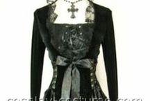 Women Goth fashion