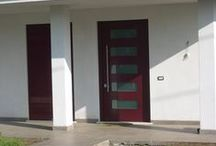 Entrance doors: lacquered